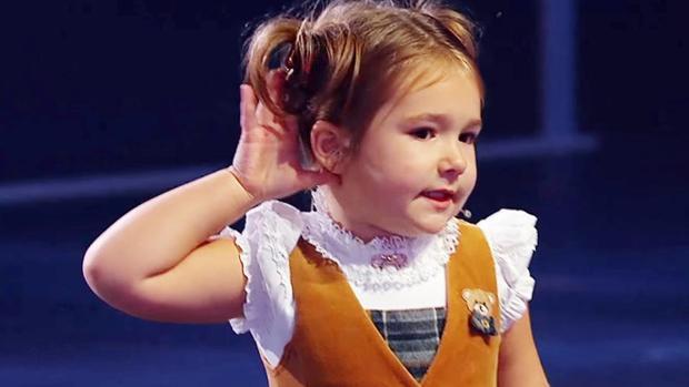 YouTube:  El secreto de la niña prodigio de 4 años que deslumbró en un talent hablando siete idiomas