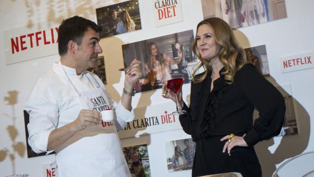 Drew Barrymore y Ramón Freixas