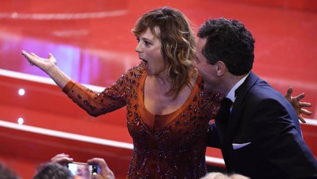 Emma Suárez en el momento de escuchar su nombre como ganadora de su segundo Goya