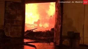 Un incendio arrasa un plató de la serie «Acacias 38»