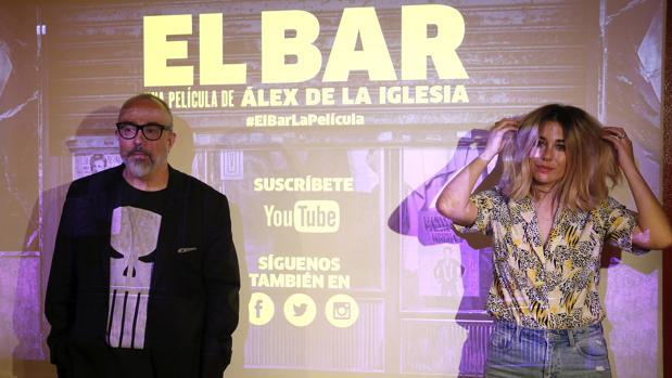 Álex de la Iglesia y Blanca Suárez, en la presentación de «El Bar»