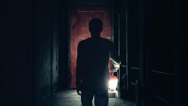 Nuevo tráiler de «Llega de noche»: «Imagina el fin del mundo. Ahora, imagina algo peor...»