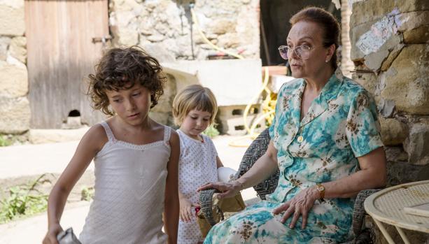Las niñas protagonistas y el ambiente familiar son el motor de la película