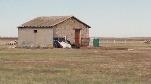 La casa del protagonsita de «El pastor», una construcción que el director veía desde la vivienda de sus padres en Monterrubio de Armuña