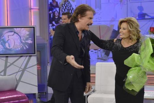 Bigote Arrocet y María Teresa Campos en el programa «Qué tiempo tan feliz»