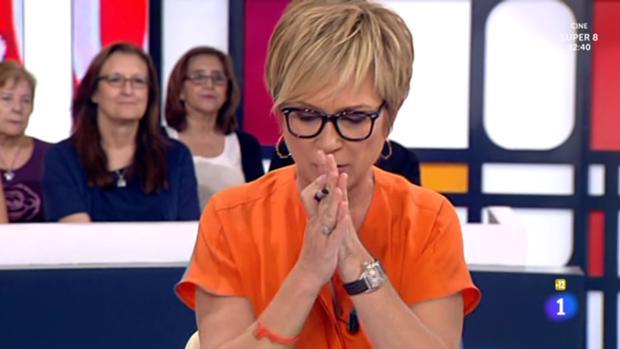 Inés Ballester en el momento de la equivocación en «Amigas y conocidas» (La 1, TVE)
