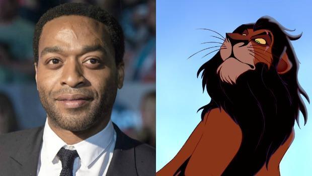 Chiwetel Ejiofor (izquierda) y la versión animada de Scar en «El rey león» de 1994 (derecha)