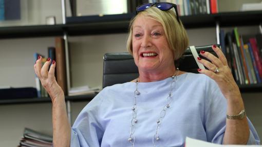Yvonne Blake, en su despacho de la Academia de Cine