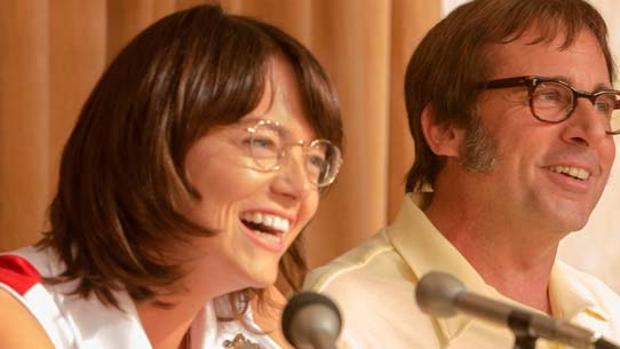 Emma Stone y Steve Carrell en la película «Batalla de sexos»