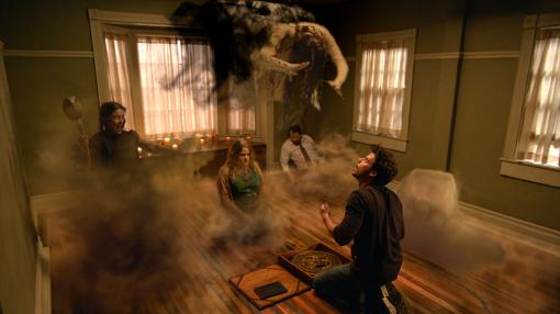 Escena del piloto de «Midnight, Texas»