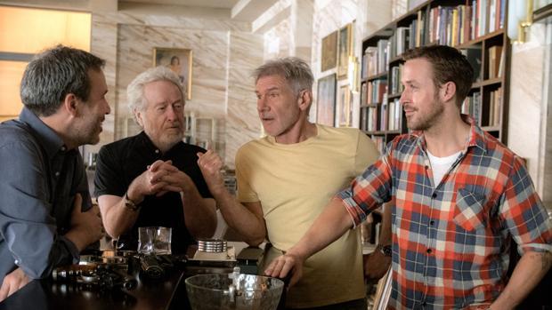 Denis Villeneuve, Ridley Scott, Harrison Ford y Ryan Gosling