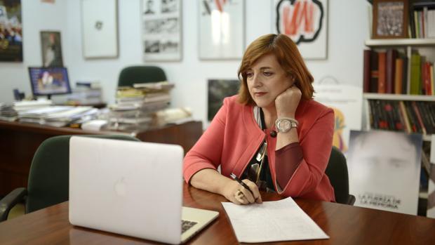 Cristina Cuesta durante el visionado de «Fe de etarras»