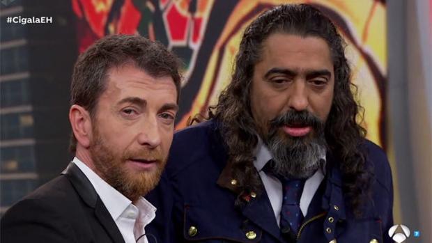 Pablo Motos y El Cigala en El Hormiguero