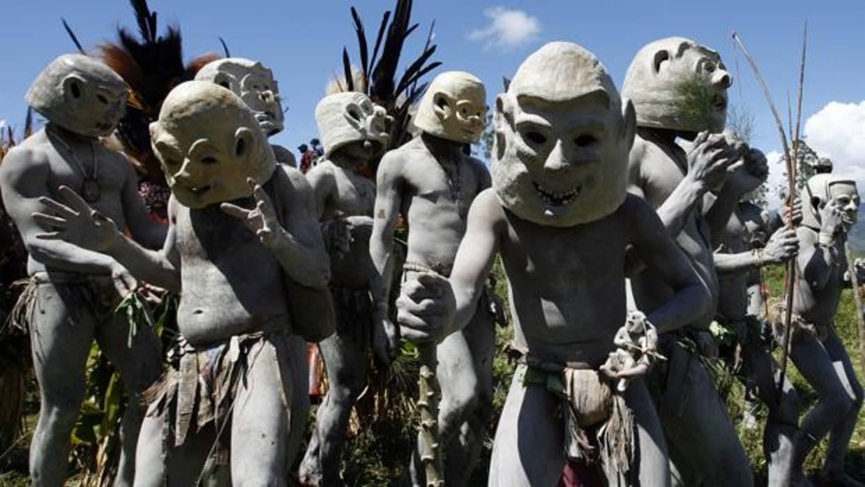 Cuarto milenio la tribu asaro los ltimos can bales for Ultimo episodio cuarto milenio