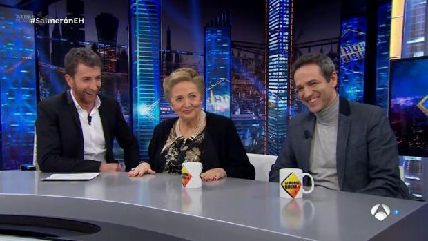 Julita y Gustavo Salmerón, en el plató de «El Hormiguero»