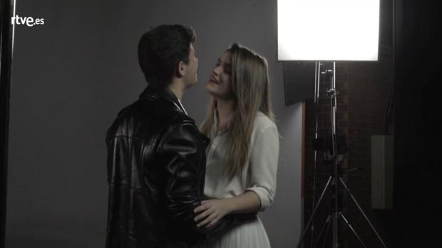 Alfred y Amaia, durante su interpretación de «Tu canción» en la versión definitiva
