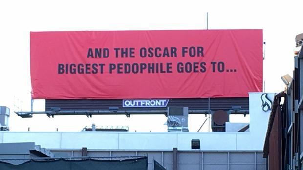 Uno de los carteles reivindicativos que han aparecido en Hollywood