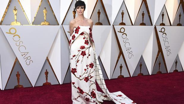 Paz Vega en la alfombra roja de los Oscar 2018