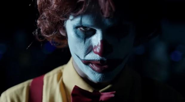 Imagen de «Scary Clown Night», dirigido por Rodrigo Cortés