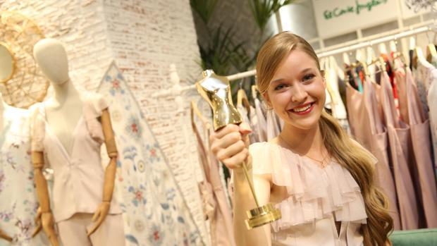 Alicia, ganadora de Maestros de la Costura