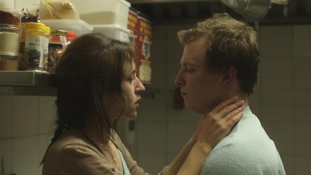 Sarah Adler y Tim Kalkhof protagonizan «El repostero de Berlín»