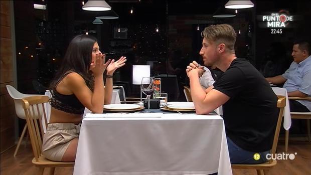 Leti y Juanín durante su cita en «First Dates»