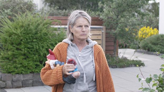 Edda Björgvinsdóttir es una de las protagonistas de «Buenos vecinos»