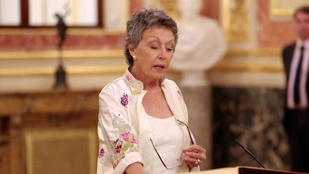 Rosa María Mateo toma posesión de su cargo