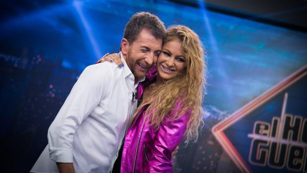 Pablo Motos y Paulina Rubio, en «El hormiguero»