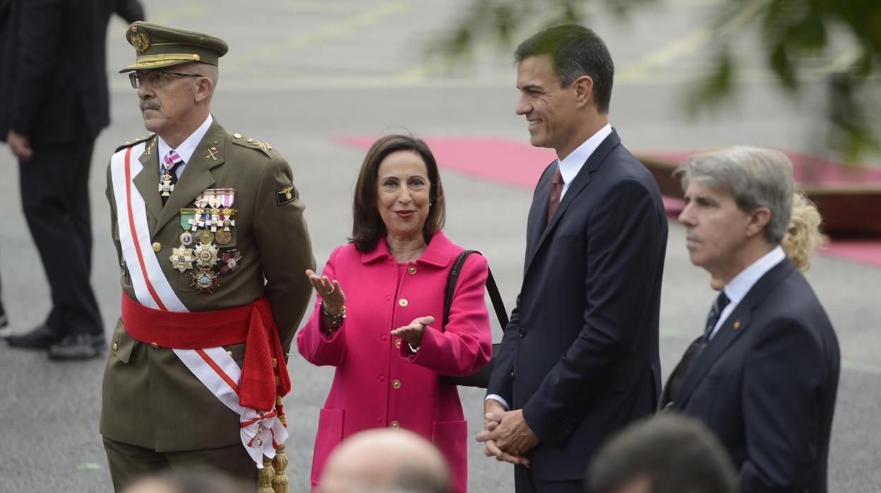 TVE camufla los abucheos a Sánchez con una entrevista a Margarita Robles