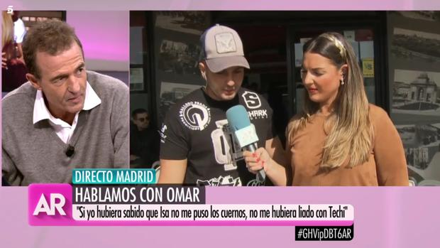 Omar Montes atiende a una pregunta de Alessandro Lecquio en «El programa de Ana Rosa»