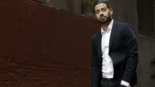 Borja Voces es presentador del noticiero de la cadena hispana Univisión