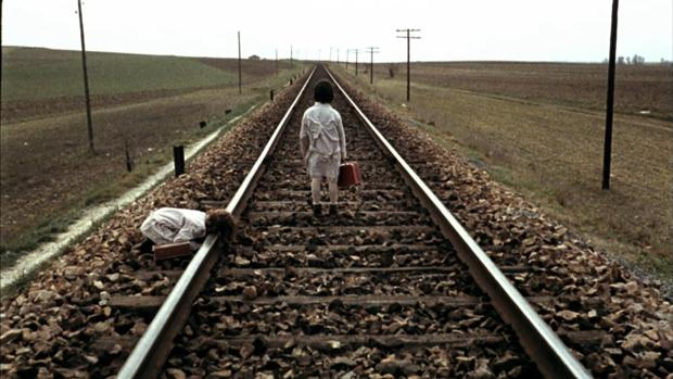 «El espíritu de la colmena», de Víctor Erice, estrenada en 1973