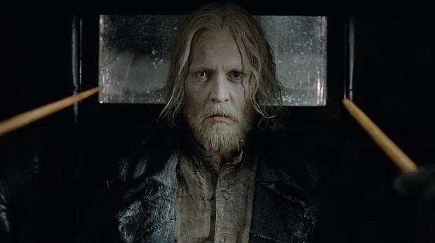Johnny Depp como Gellert Grindelwald en «Animales fantásticos 2: Los crímenes de Grindelwald»