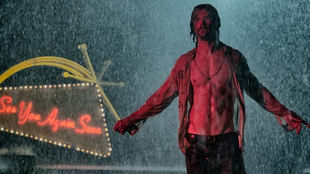 Chris Hemsworth en una escena de Malos tiempos en El Royale