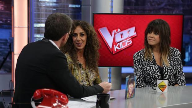 Pablo Motos, junto a Rosario y Vanesa Martín