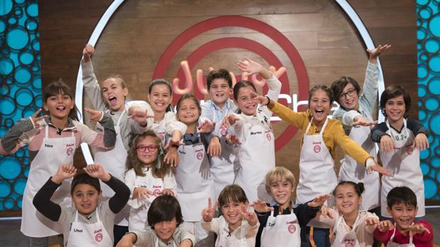 Los dieciséis concursantes de «MasterChef Junior»
