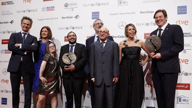 «Campeones» triunfa en los premios Forqué y comienza el camino a los Goya