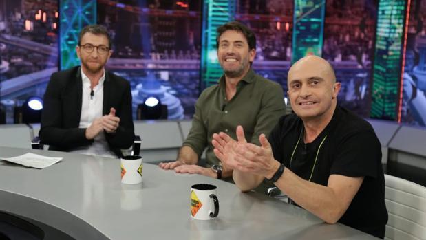 Pepe Viyuela, junto a Antonio Garrido y Pablo Motos en «El hormiguero»