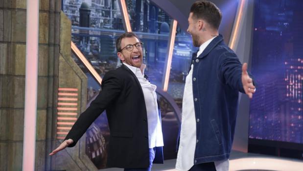 Pablo Motos y Sergio Ramos, en «El hormiguero»