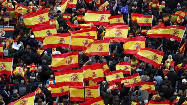 El PP critica la «manipulación grosera» de RTVE en la cobertura de la manifestación de Colón
