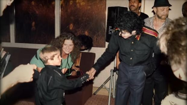 Michael Jackson, en una imagen del documental Leaving Neverland