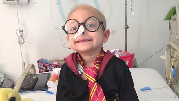 Gisel García Fomperoda disfrazada de Harry Potter