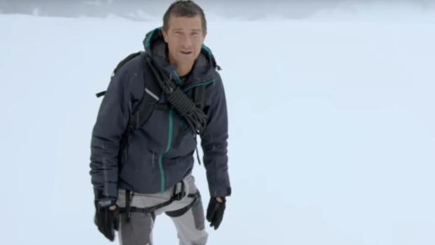 Bear Grylls, «el último superviviente», protagoniza «You vs. Wild» en Netflix