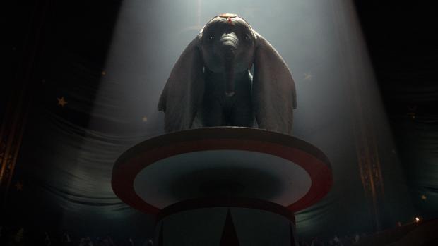 Descubre las diferencias del Dumbo de Tim Burton y el original de 1941