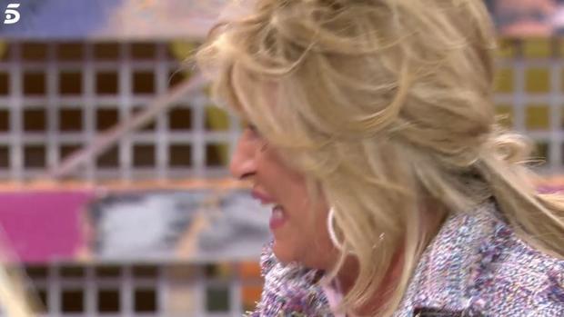 Lydia Lozano llora en «Sálvame»