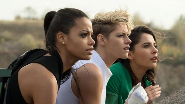 Ella Balinska, Kristen Stewart y Naomi Scott, en una fotografía de los nuevos Ángeles de Charlie