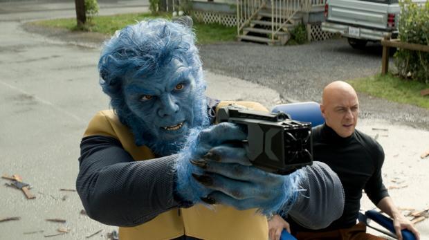 Nicholas Hoult y James McAvoy en «X-Men: Fénix oscura»