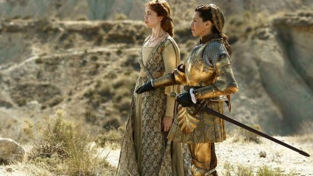 «The Spanish Princess» presenta a Isabel la Católica (Alicia Borrachero) con armadura y espada