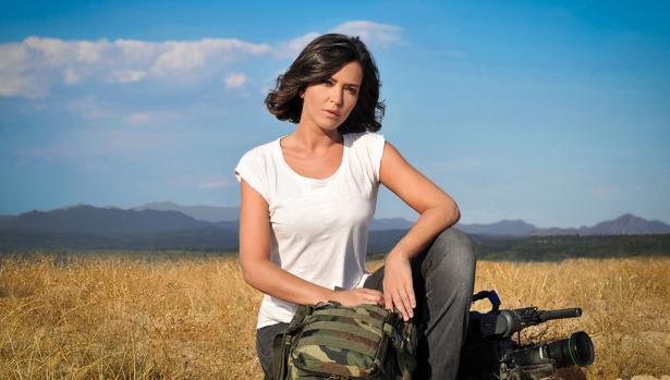 Alejandra Andrade presenta la tercera temporada de «Fuera de cobertura»